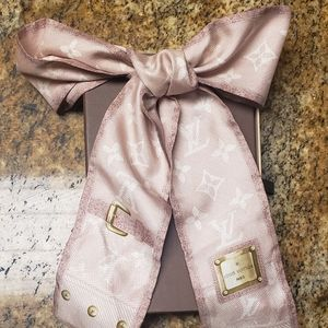 Louis Vuitton monogram blush twilly 100% Authentic